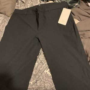 """Men's Charcoal lulu """"Commission Pant Relaxed 34L"""""""